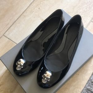 Alexander McQueen black patent leather flats